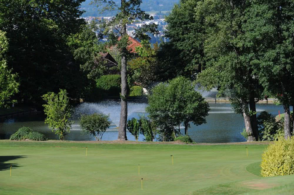 GOLF ET COUNTRY CLUB DE BOSSEY