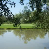 Photo UGOLF AVIGNON CHATEAU BLANC 1