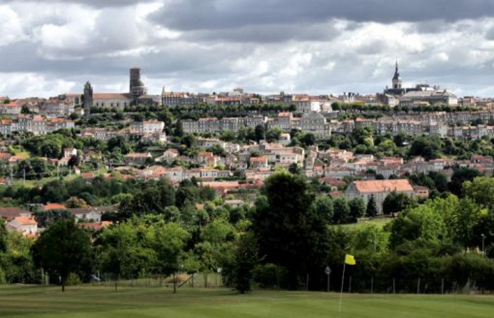 ANGOULEME GOLF L'HIRONDELLE